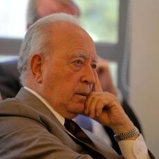 Pérez Yoma acusa montaje del oficialismo y asegura que ataque a Bachelet ha servido para unir a la Concertación
