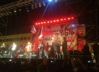 Espectacular concierto en vivo del grupo Inti Illimani en Plaza Prat