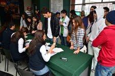 Más de mil estudiantes participaron en ensayo de la PSU realizado por U. Santo Tomás