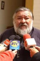 Marco Ordenes sigue siendo Obispo de Iquique, según presbítero Franklin Luza