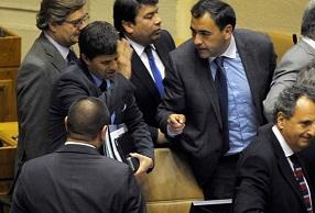 Diputados casi se agarran a combos y oposición acusa a Matthei de insultos