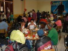 Iglesia ofreció 300 almuerzos para personas en situación de calle