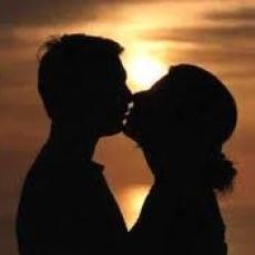 San Valentín, una celebración para los enamorados y que llena los bolsillos
