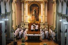 Sacerdotes renovaron sus promesas en Misa Crismal de Semana Santa