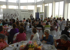 Con música del recuerdo y teatro concluyó celebración a Mujer Pampina