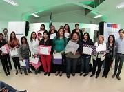 Sesenta mujeres de la comuna de Iquique reciben certificados de capacitación