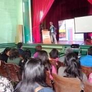 Emprendedoras de El Tamarugal, reciben certificaciones en histórico teatro de Salitrera Humberstone