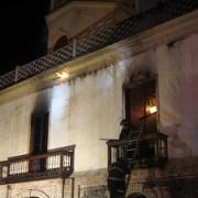 Una bengala fue lanzada antes del incendio de histórico edificio de la Aduana de Iquique
