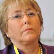 Bachelet y su golpe de timón para poner en orden a la tripulación
