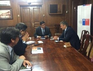 Senador Fulvio Rossi gestiona solución para familias de Alto Hospicio