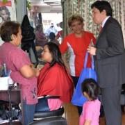 Gobernador difunde entre vecinos de Alto Hospicio alcances del programa Denuncia Seguro