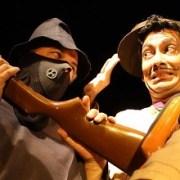 """Ultimas presentaciones de la obra """"Canciller Smith & Wesson"""", del Teatro Expresión-Unap"""