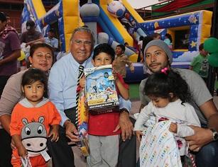 Espectaculares regalos y fiesta navideña en 4 caletas del litoral ofreció municipio de Iquique