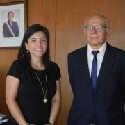 Gobernador de Iquique y Directora del FOSIS potencian gestión para generar oportunidades a familias vulnerables