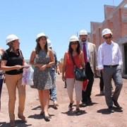 Junto a dirigentes poblacionales, autoridades inspeccionan avances de obras de reconstrucción en Alto Hospicio