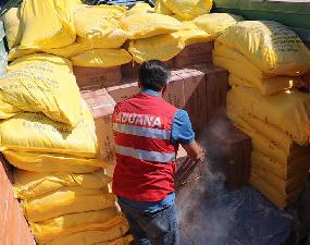 Aduanas incauta 3 camiones con 452 mil cajetillas de cigarrillos