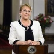 Bachelet al más puro estilo Nicanor: voy y no vuelvo, pero no me iré fuera de Chile