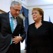 Las razones por las que ni Bachelet ni el canciller Muñoz viajarán a Cuba