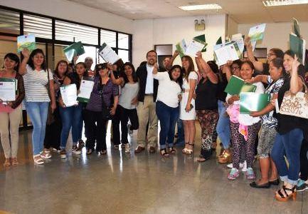 Primera entrega de subsidios para viviendas del Plan Urbano Habitacional La Pampa en Alto Hospicio