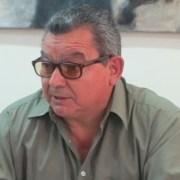 Nombre de Luis Caroca, ex preso político y activista de DDHH, aparece en los registros de Gendarmería: «Los libros hablan por sí solos», dice impactado