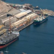 Bolivia ve «gran posibilidad» de movilizar carga por Ilo este año