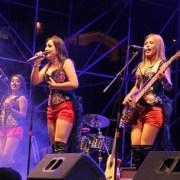 Exponentes de la música y artesanías aymara, quechua y mapuche en primera Feria Multicultural de Alto Hospicio
