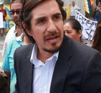 """Claudio Vila, abogado comprometido con causas reivindicativas dice que lo tienen """"sin cuidado"""", críticas por defensa a bolivianos apresados en la frontera"""