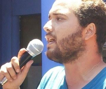 Nueva arista en atentado contra universitario: Acusa que policía le ofreció dinero por camioneta quemada