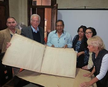 Histórico archivo de faenas de jornales utilizado en Oficina Iris, será resguardado en Salitrera Humberstone