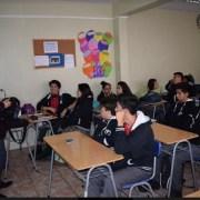 Sobre educación cívica y otros temas dialogaron estudiantes del Colegio Hospano Británico y el INJUV