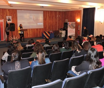 """Realizan """"Encuentro de educadores de lenguas indígenas y actores educativos en Tarapacá"""""""
