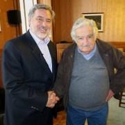 Alejandro Guillier confirma que pepe Mujica viene para participar en su cierre de campaña