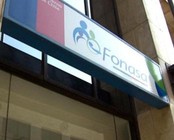 Más de 36 millones de pesos por cotizaciones pagadas en excesos, devolverá FONASA en Tarapacá