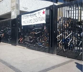 INDH presenta amparo en favor de ocho estudiantes del Instituto Nacional víctimas de violencia policial