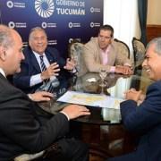 Gobernador de Tucumán, Argentina, ve a Iquique como el principal puerto de salida al Pacífico