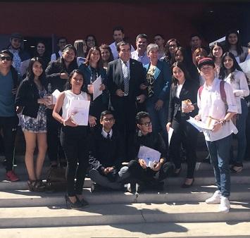 Estudiantes secundarios y universitarios  aprueban Diplomado UNESCO, de Liderazgo y Derechos Estudiantiles dictado por la UNAP