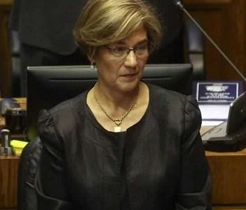 Que las mineras que operan en la región contraten a empresas y mano de obra locales, pide la Senadora Ebensperger