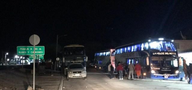 CORE Carvajal reporta que unas mil personas pasaron la noche atrapados en el sector de Huara