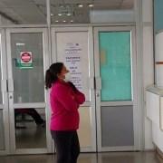 Difunden a la comunidad medidas de prevención, tras incendio de empresa de azufre, en Alto Hospicio