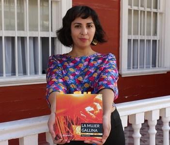 """""""Diálogos en Movimiento"""" llevó la poesía de la escritora chilena Karo Castro a 25 mujeres del Centro Penitenciario"""
