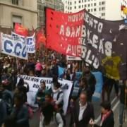TelesurTV informa sobre la situación en Argentina y la convocatoria de sindicatos a paro general de labores
