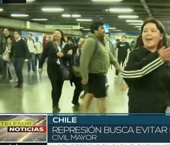 El informe de Telesur: Chile, caos generalizado por protestas contra alza del pasaje del metro