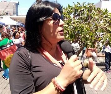 """Esmeralda Contreras, de la Mesa de Unidad Social: """"Todas las formas de lucha son válidas, pero cuando se trasgreden los derechos de otras personas, por supuesto que no estamos de acuerdo""""."""