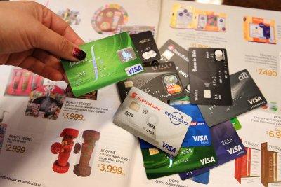 Banca, retail, comercio y consumidores: con ronda de audiencias Comisión de Economía comienza estudio de las indicaciones del proyecto pro consumidor