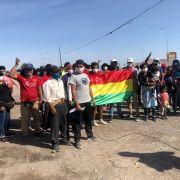 Sigue creciendo cifra de ciudadanos bolivianos varados en distintos puntos de Tarapacá, generando un problema humanitario y sanitario