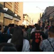 """Masiva marcha en este #SúperLunes en Iquique recorrió desde Plaza Condell  y barrios tradicionales hasta llegar a la """"zona cero"""""""