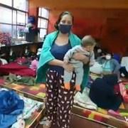 Bolivianos albergados en Iquique cumplieron cuarentena y llaman a Presidenta interina para que autorice ingreso a Bolivia