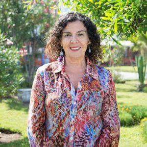 """Psicóloga Lucila Pizarro: """"Todos podemos temer al virus, pero la pandemia no la enfrentamos ni la vivimos todos igual"""""""