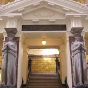 Suprema revocó fallos de Corte de Apelaciones por expulsión de migrantes. Pendiente recurso presentado por abogado Sáez