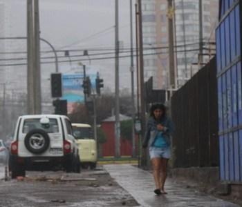 Municipalidad de Iquique llama a conocer plano aluvional y a reparar techos en forma preventiva
